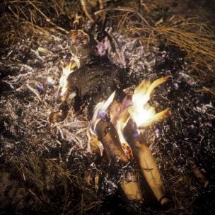 1977Summer CampCremation.1977Les grandes vacancesCrÈmation.Bernard Faucon / Agence VU