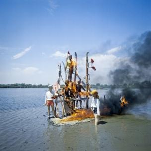 1978Summer CampThe island on fire.1978Les grandes vacancesL'Óle en feu.Bernard Faucon / Agence VU
