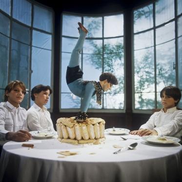 """France, 1981/1984""""Evolution probable du temps"""" (The probable evolution of time), The automatonFrance, 1981/1984""""Evolution probable du temps"""", L'automate  Bernard Faucon / Agence VU"""