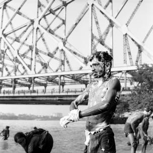 indien se lavant dans le Gange
