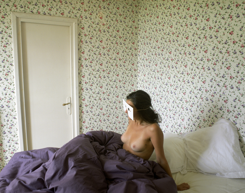 France, Paris 2005Rue de Bourgogne, 75007 Paris© Rip Hopkins / Agence VU