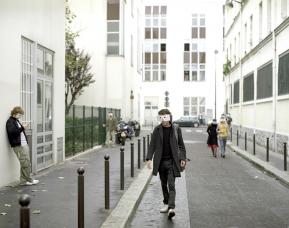 France, Paris 2005Impasse des PrimevËres, 75011 Paris© Rip Hopkins / Agence VU