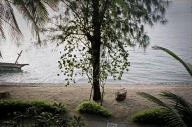 """Thailand, Ko Samui, 2000From the series """"The Time After"""".Magical view.Thaïlande, Ko Samui, 2000Issue de la série """"Le temps d'après"""".Vue magique.Bernard Faucon / Agence VU"""