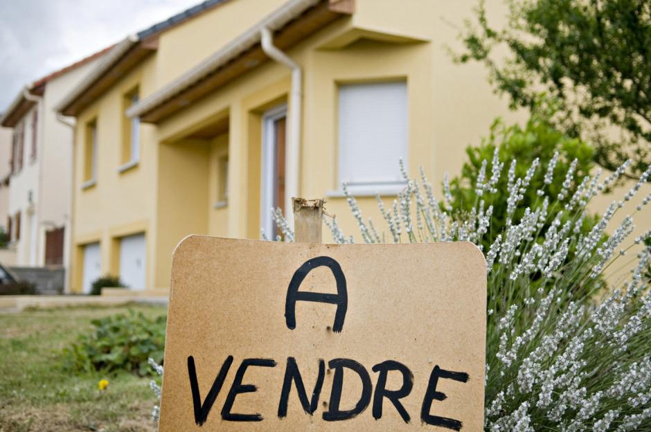 France, Laneuveville. Urban sprawl. Detached houses.