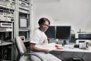 """France, Paris, 16 March 2011Portrait of Harriet Ayikoru, nurse.""""It is an interest within me"""".France, Paris, 16 mars 2011Portrait de Harriet Ayikoru, infirmière.""""Cet intérêt est en moi"""".Rip Hopkins / Agence Vu / Médecins sans frontières"""