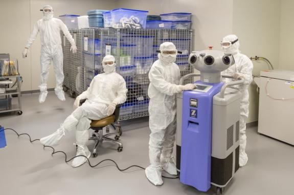 Canada, Ontario, Ottawa, 27 February 2017Ottawa hospital's research institute.Canada, Ontario, Ottawa, 27 février 2017Institut de recherche de l'hôpital d'Ottawa.Rip Hopkins / Agence VU / Ambassade de France au Canada